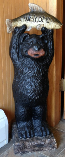 Bear Statue Lakeshore Inn & Suites